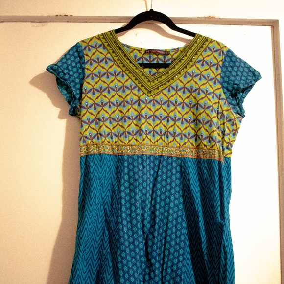Dresses & Skirts - Printed Indian Tunic Dress